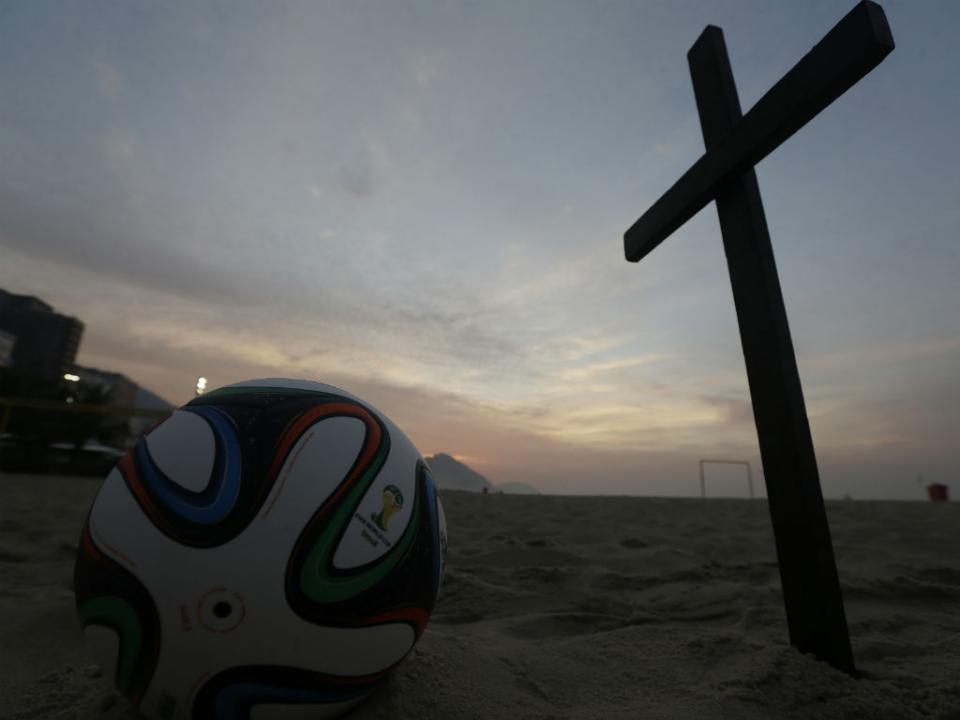 Noruega: jogador inglês encontrado morto após saída noturna