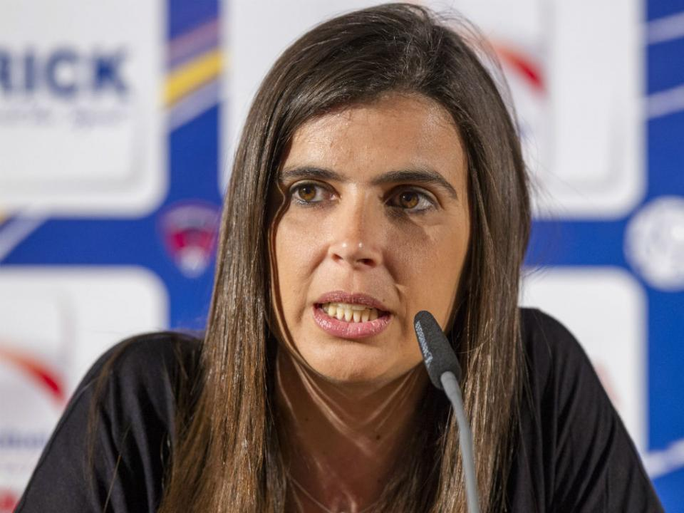 Portuguesa Helena Costa é conselheira técnica e observadora da UEFA