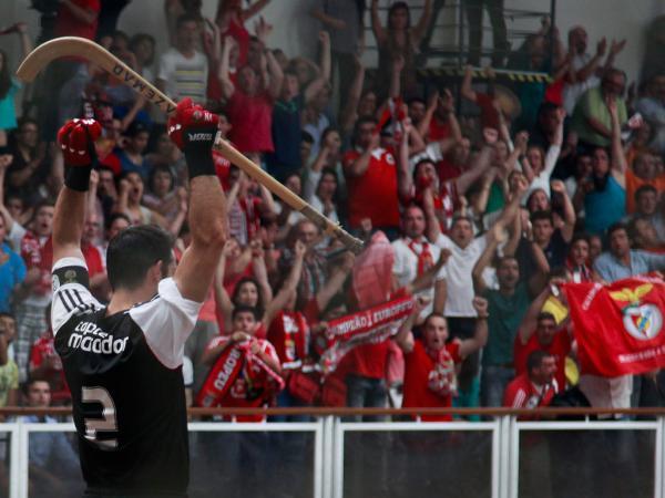 Hóquei em patins: Benfica reforça lidetança com goleada ao Valongo - Mais Futebol