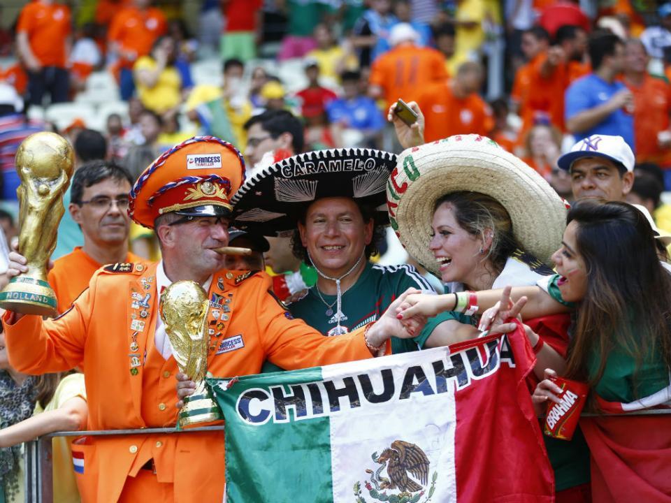 Luta de rua na Rússia? Adeptos mexicanos resolvem: «Tranquilovsky!»