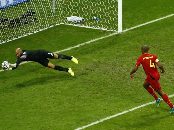 Por que é que os guarda-redes estão a brilhar neste Mundial?