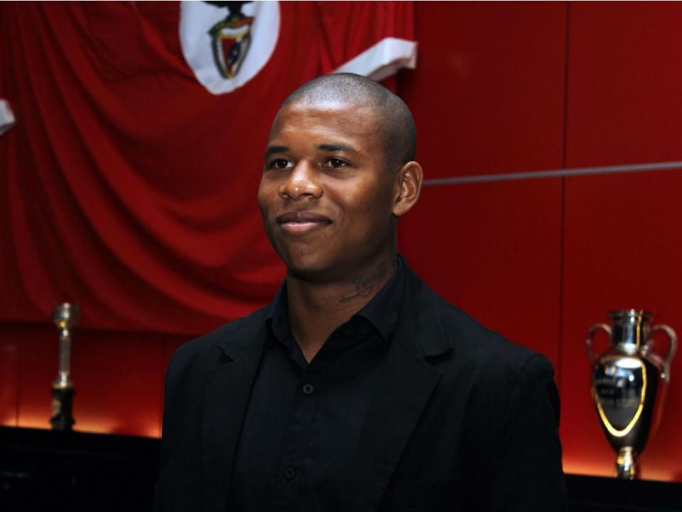 Ex-jogador do Benfica assina por equipa da Série C do Brasil