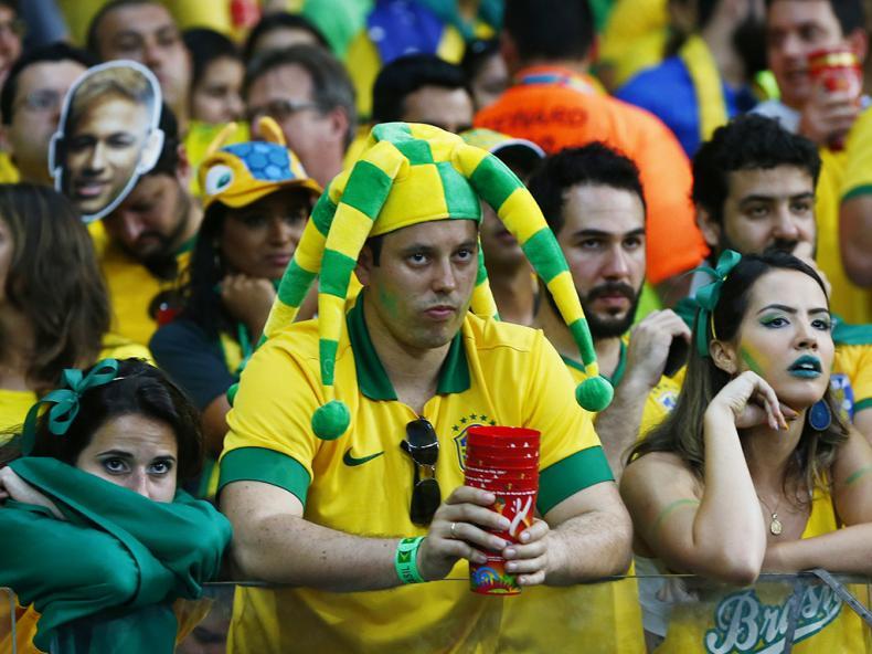 O Brasil entre a desilusão e o choque da goleada (REUTERS)