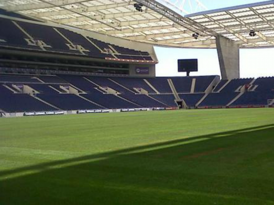 FC Porto-Liverpool com operação policial idêntica à dos «clássicos»