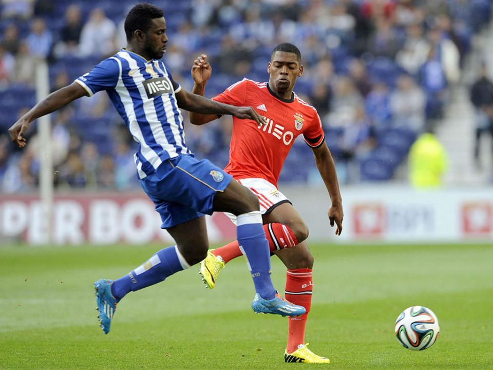 FC Porto: Varela já treina às ordens de Lopetegui