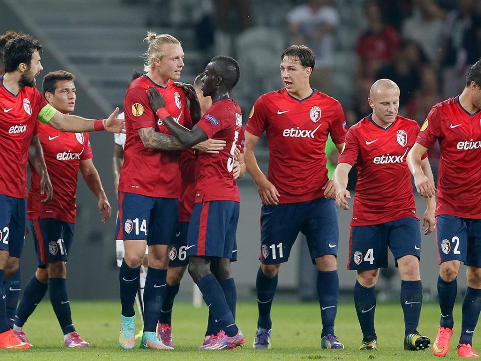 LE, Grupo H: empate entre Lille e Everton e todos na corrida
