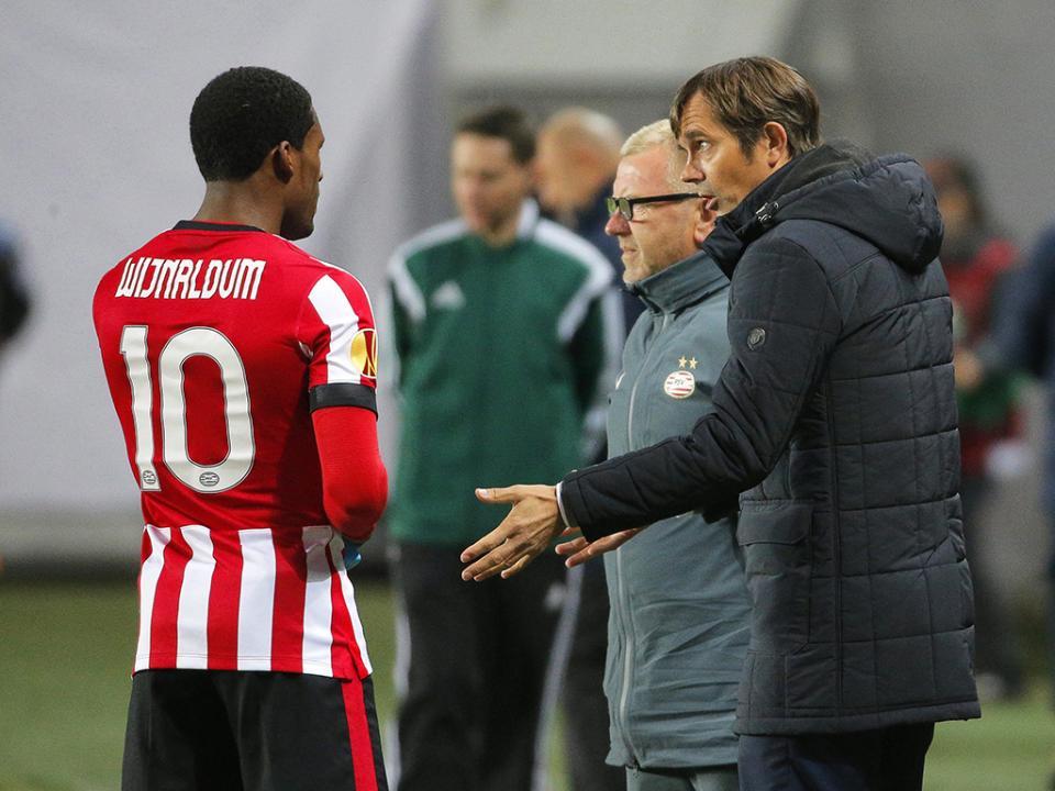 LE, Grupo E, o do Estoril: PSV deixa-se empatar no fim