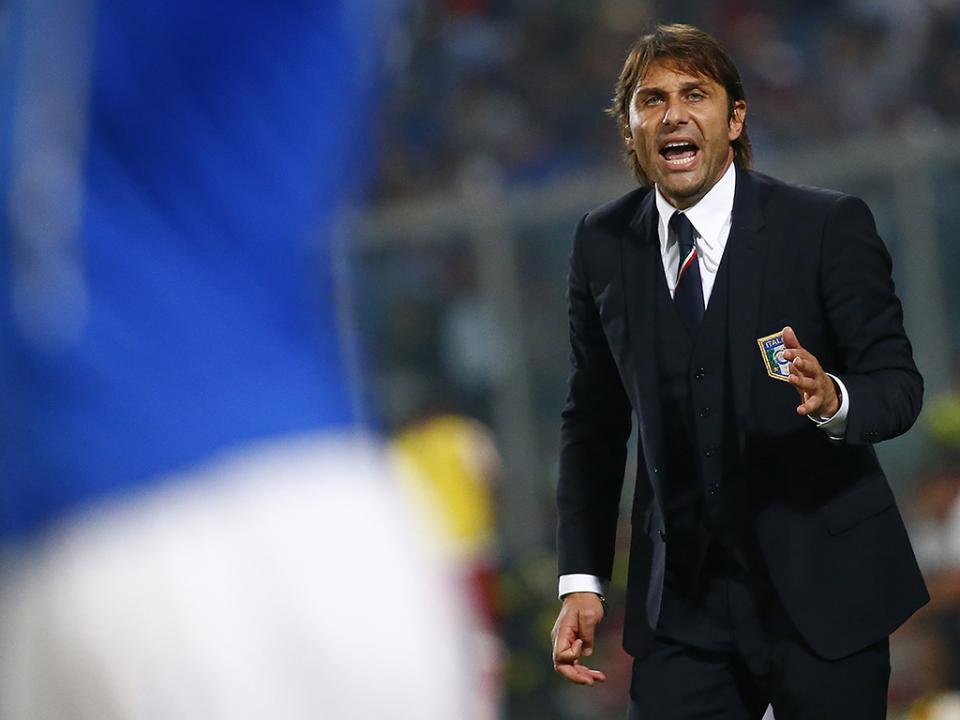 18aec1c02c Itália  Antonio Conte sai após Euro 2016 para treinar um clube ...
