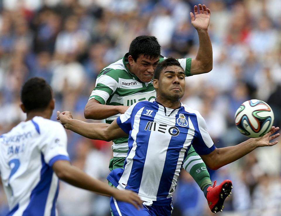 FC Porto: Danilo, Alex Sandro e Casemiro na seleção brasileira