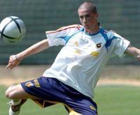 Benfica-Liverpool: Torres volta à casa de partida