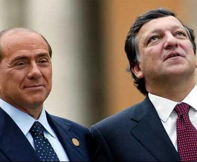 Itália: Berlusconi quer AC Milan a cortar nas despesas