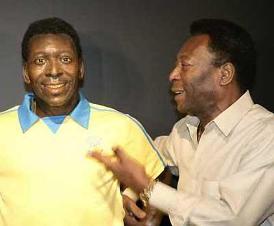 Pelé reformou-se com pensão de mil euros/mês