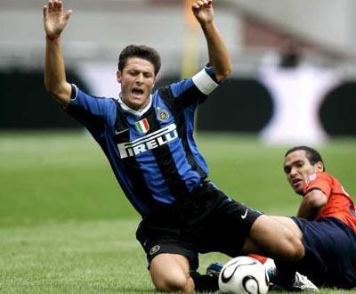 Zanetti: jogar em La Paz «não é futebol, é outro desporto»