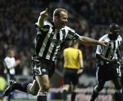 Shearer quer salvar Magpies: «Os adeptos sabem que darei o máximo»