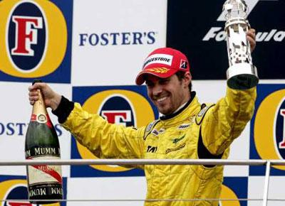 Tiago Monteiro: «Haverá surpresas na Fórmula 1»