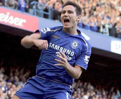 Chelsea, sem portugueses, estraga estreia a Shearer