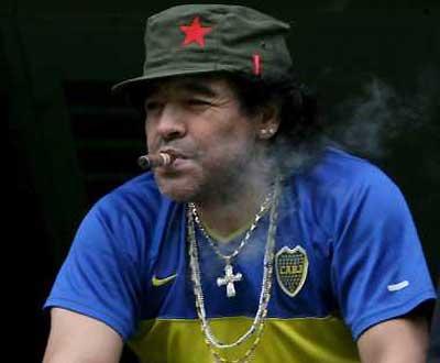 Maradona «Dói-me que me chamem traidor no Boca»