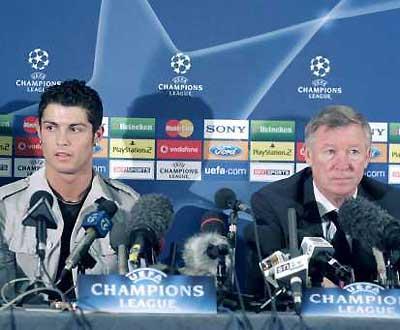 Ferguson diz que Ronaldo é «alvo fácil» para os árbitros