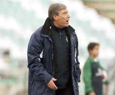Carlos Cardoso lança apelo: «Não deixem cair o Vitória»