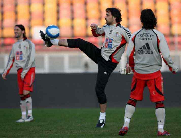 Benfica: Quim está de volta, mas dos internacionais só se viu Petit