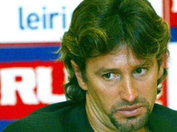 Académica: Tiero de volta, Sougou e Pedro Costa não vão à Luz