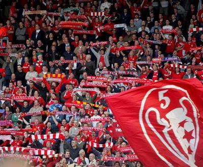 Inglaterra: Liverpool goleou Blackburn e chegou ao topo (4-0)