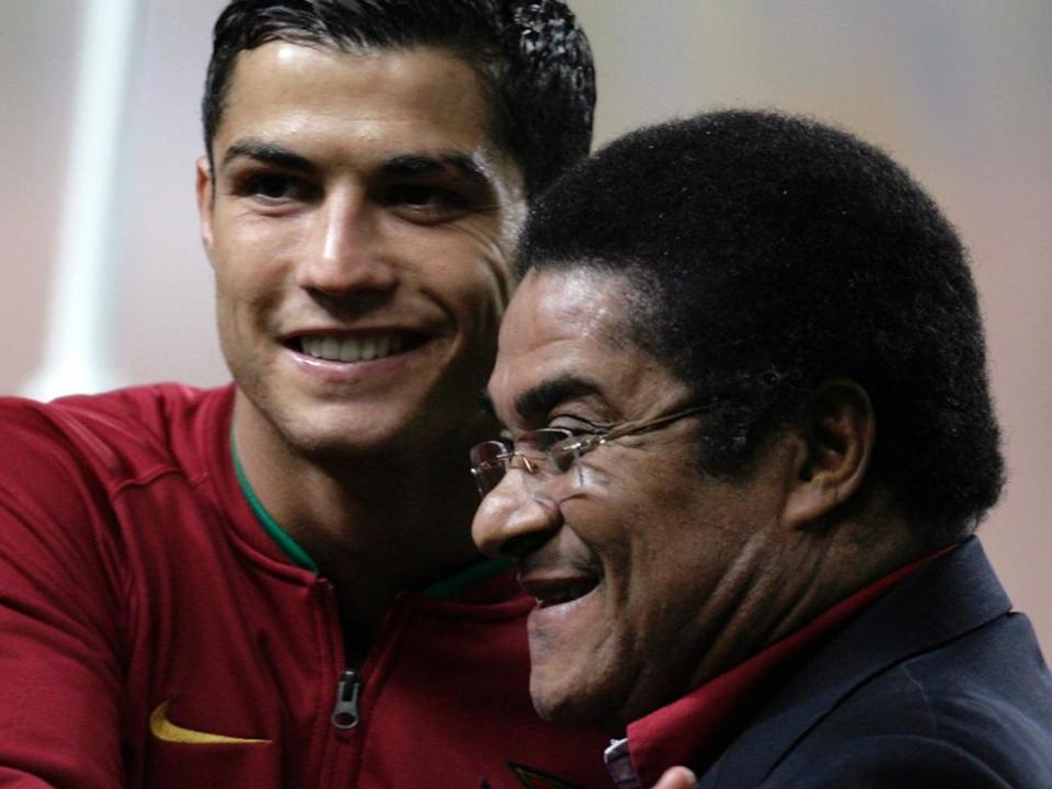 «Ronaldo e Eusébio juntos talvez nem coubessem na lâmpada do génio»