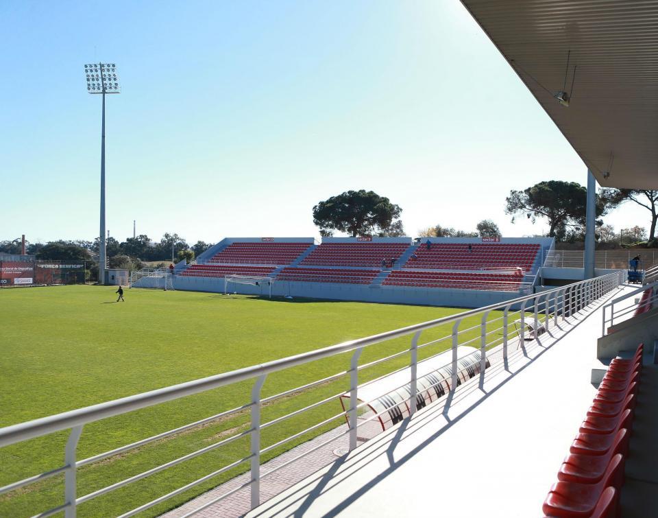 II Liga: Académica vence Benfica B e é quarta, à condição