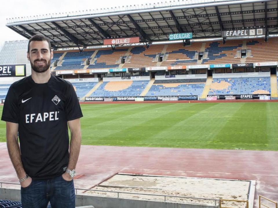 Oficial: Académica contrata Rafael Lopes (ex-Penafiel) até 2016