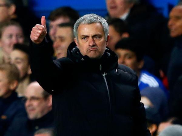 Mourinho: «O ManCity é um Jaguar e não se põe uma placa L atrás de um Jaguar»