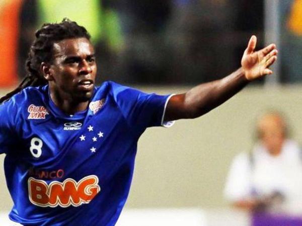 Vergonha: antigo jogador do Sporting alvo de insultos racistas