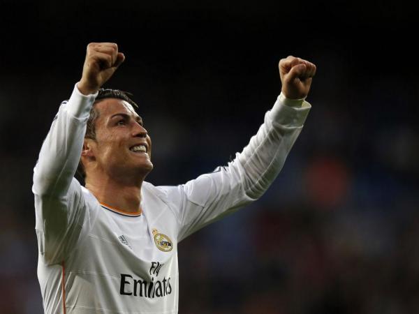 Cristiano Ronaldo tem lesão muscular