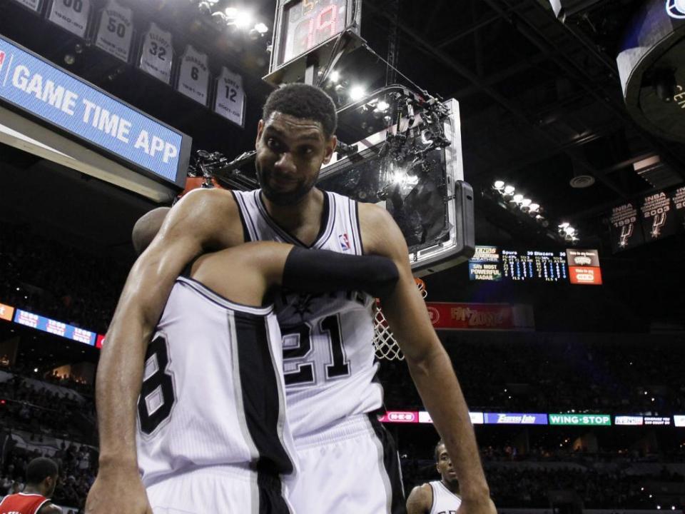 NBA começa e já há pernas partidas...para além de Kobe