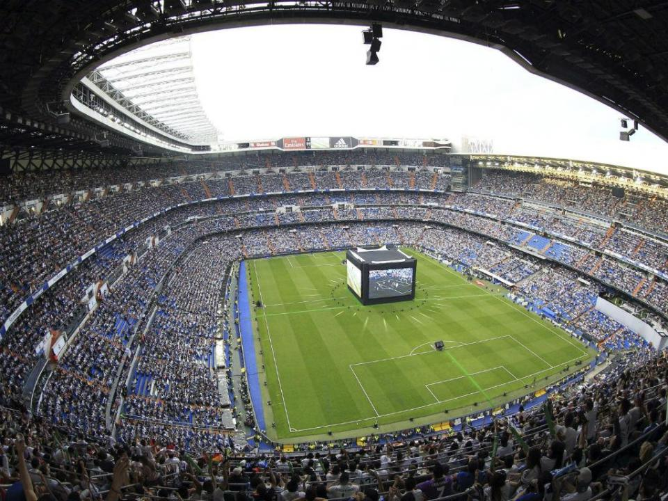 A espectacular chegada do Real Madrid ao Bernabéu