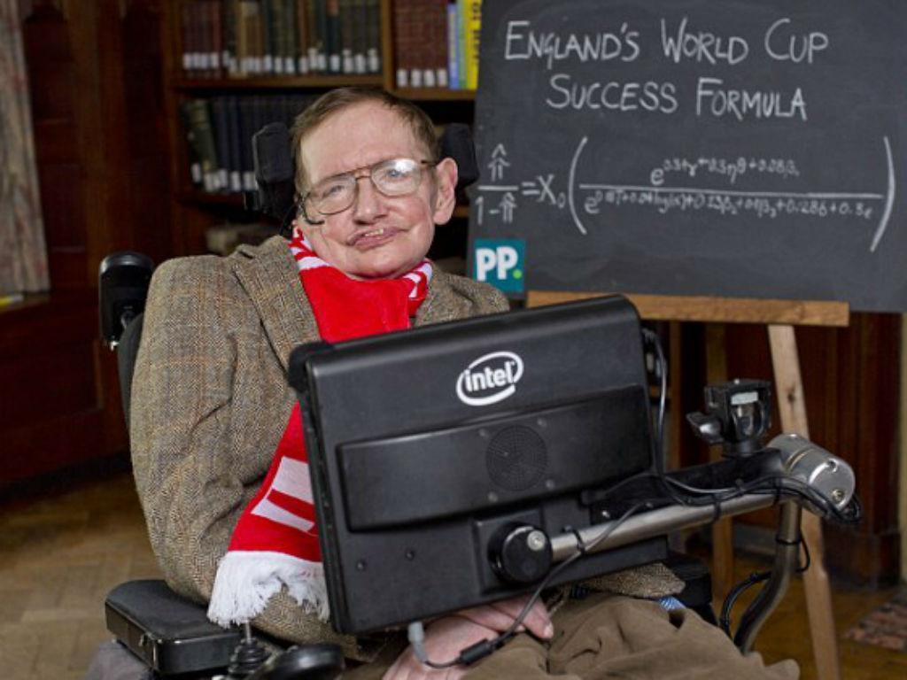 Quando Stephen Hawking tentou ajudar Inglaterra a ganhar um Mundial