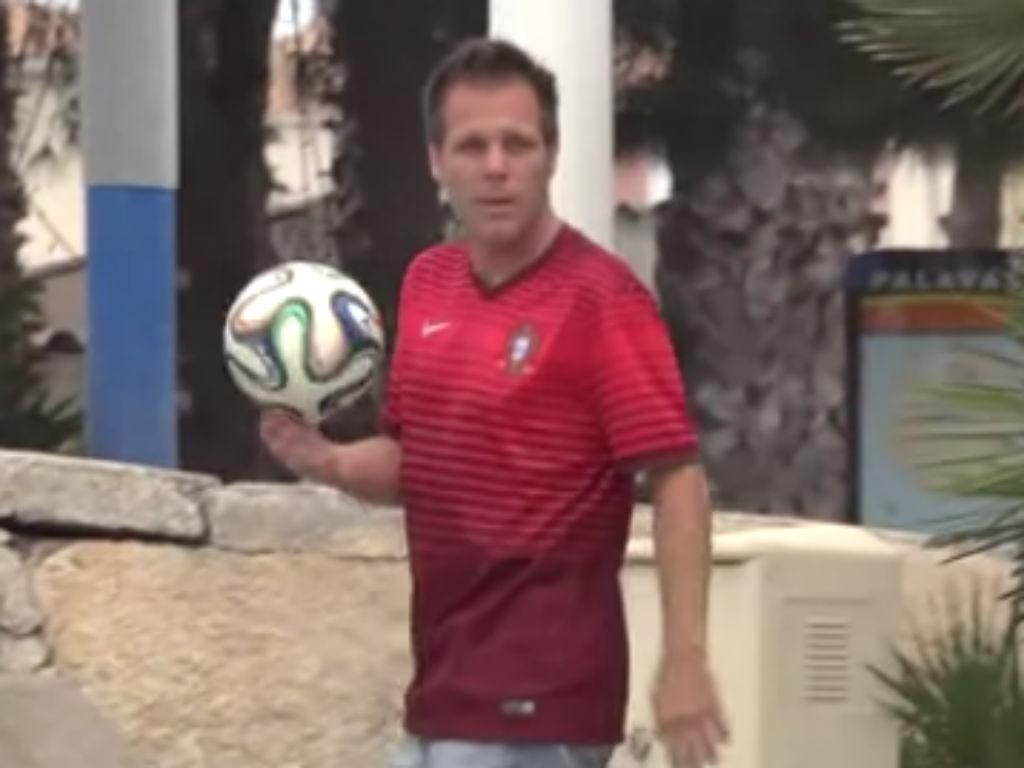Incrível: Rémi Gaillard com 32 truques a pensar no Mundial