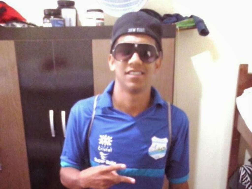 FC Porto: brasileiro Roniel é reforço