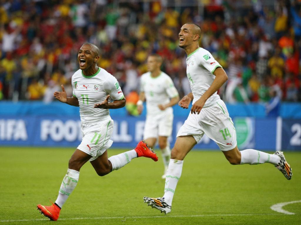 OFICIAL: Brahimi é reforço do FC Porto