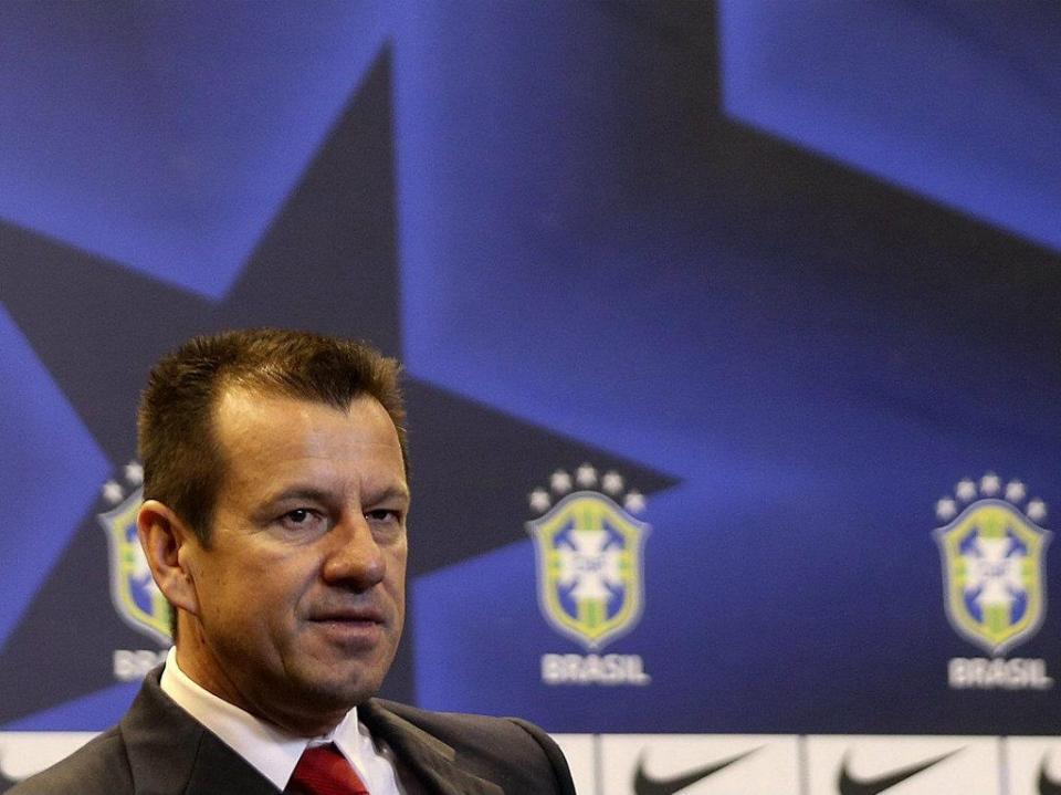Brasil: lesões obrigam Dunga a riscar Marcelo e Marquinhos