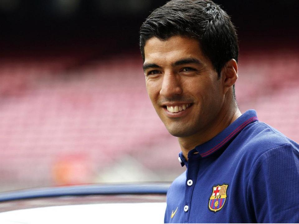 Barcelona a caminho de Madrid, Suárez leva companhia