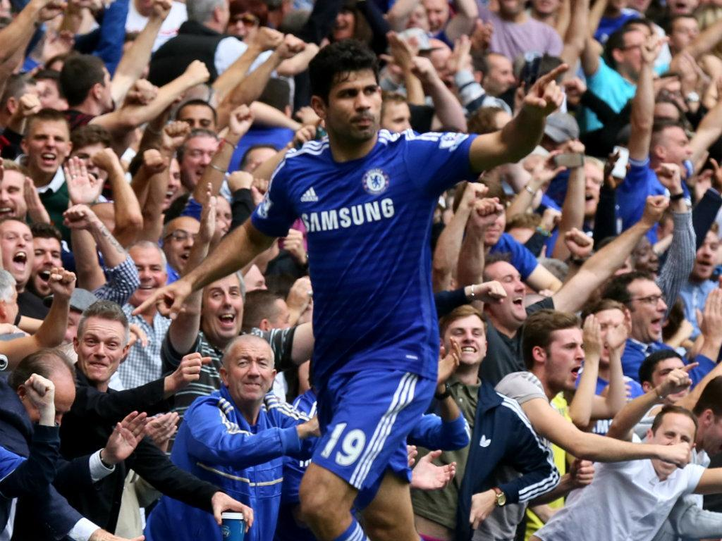 Manchester United vence líder Chelsea e Tottenham comemora — Emoção no Inglês