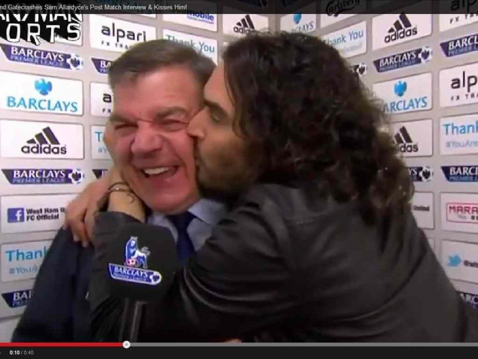 Os beijos a Allardyce do revolucionário de camarote