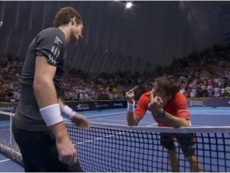 VÍDEO: Murray salvou cinco match-points e Robredo... mostrou-lhe os dedos