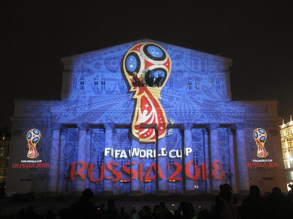 Mundial 2018: troféu já está no Kremlin para o sorteio