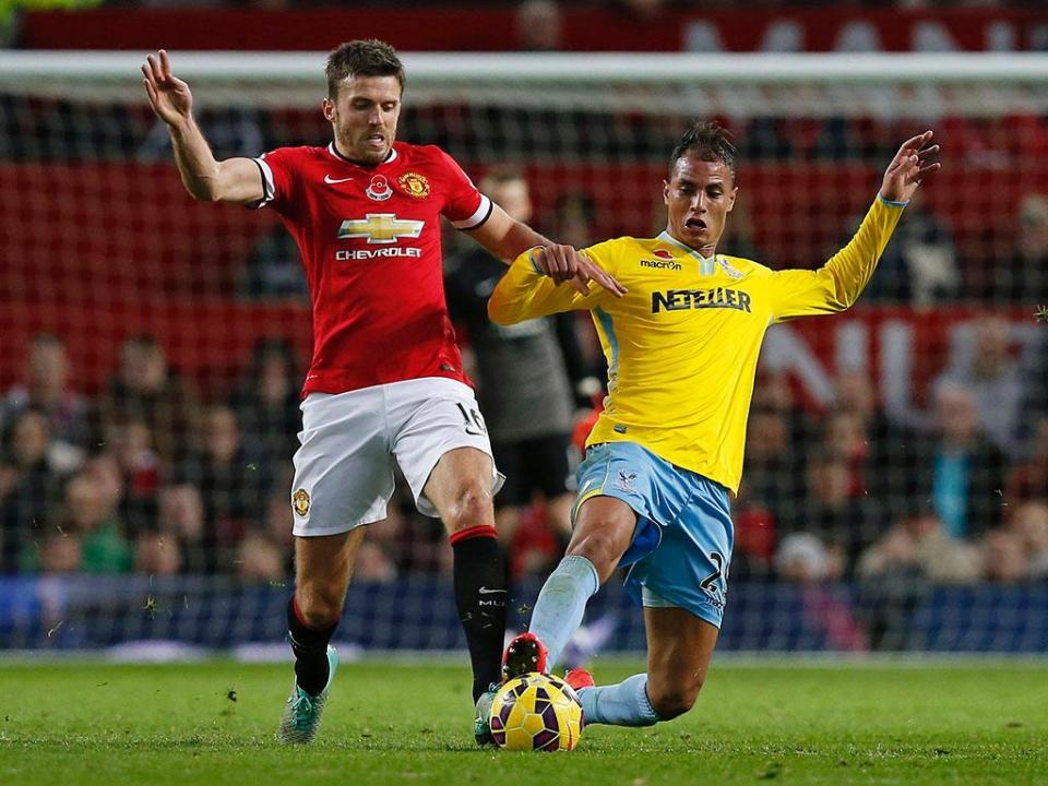 Man United chama lendas para jogo de homenagem a Carrick