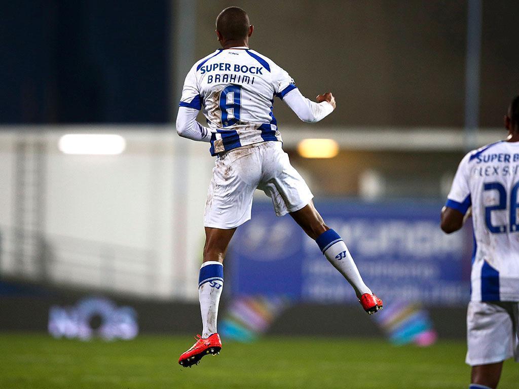 Estoril vs FC. Porto (LUSA)