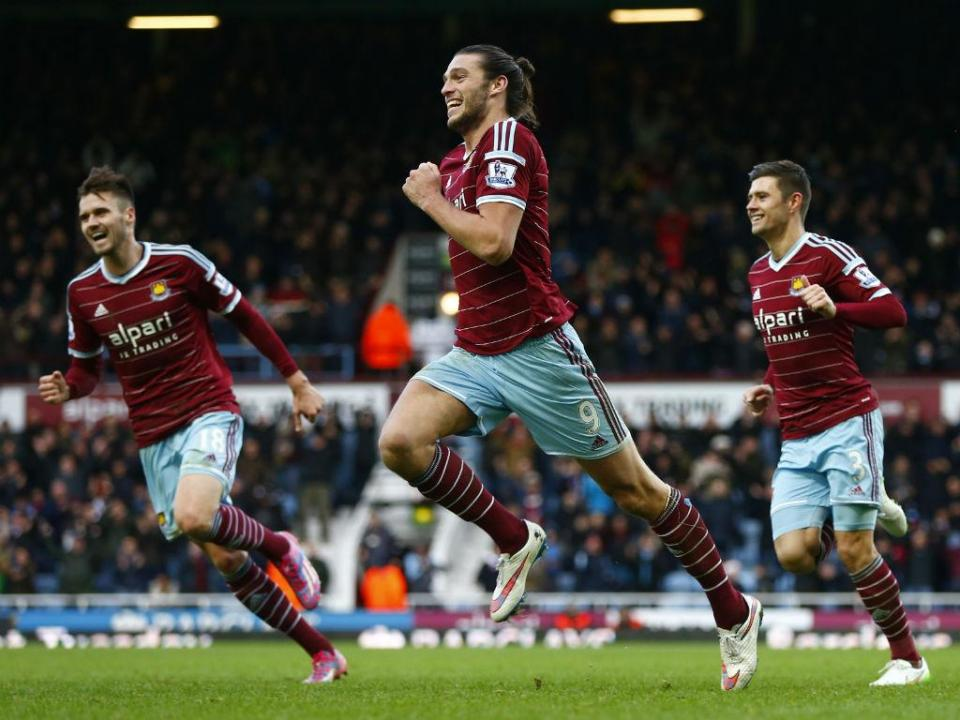 West Ham em crise: Moyes expulsa Andy Carroll do treino