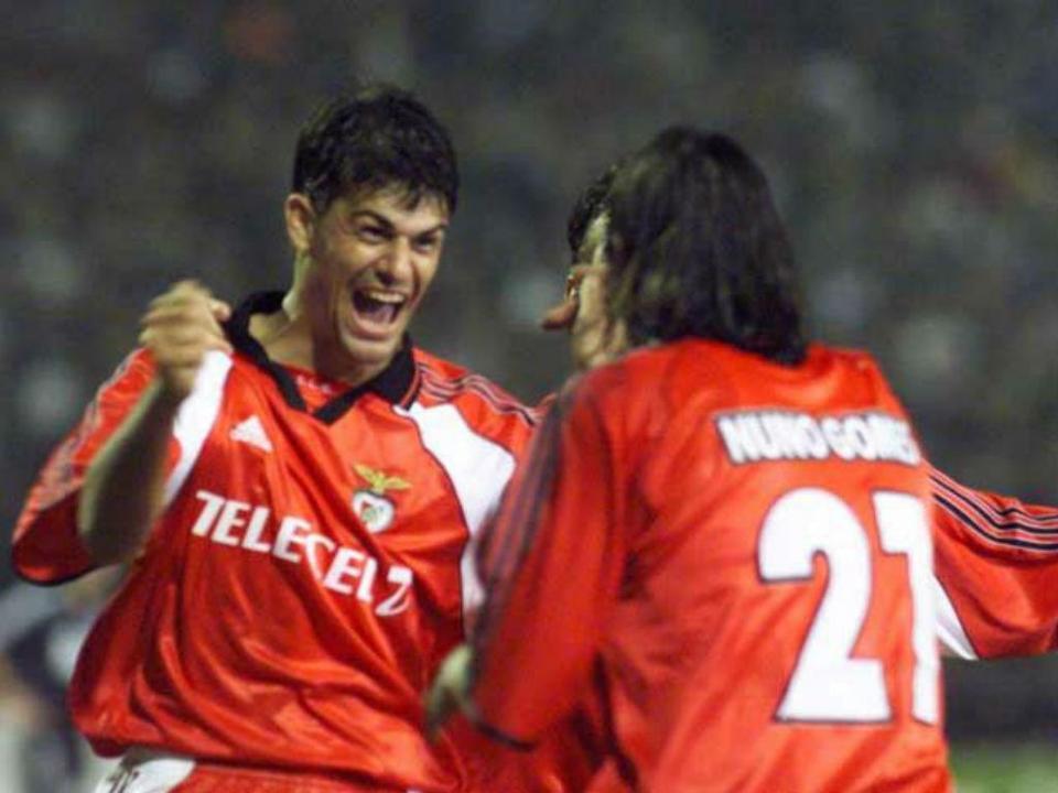 Ronaldo  as memórias do Benfica dos vinte reforços por época ... d4e8cbad435f5