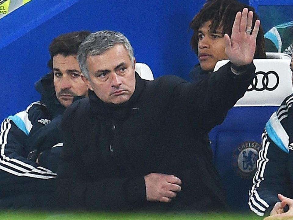 Mourinho incentiva seleção feminina (e uma jogadora em especial)