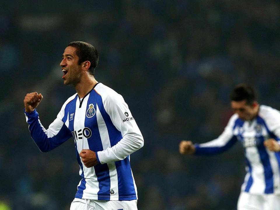 LC: Maccabi-FC Porto, Evandro a titular e André André na ala